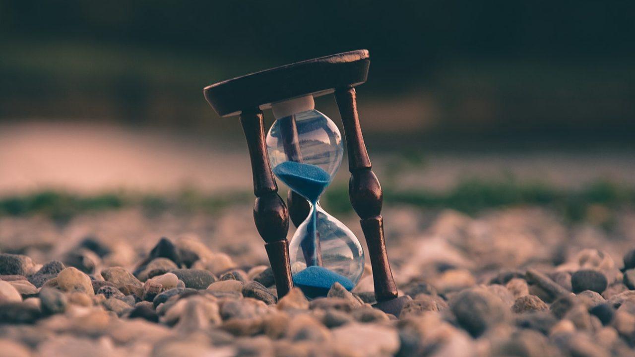 Zaman akar, insan bakar
